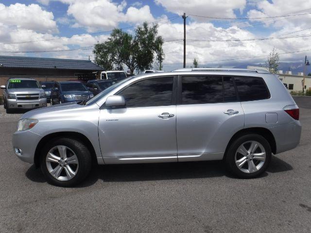 Toyota Highlander 2010 price $11,777