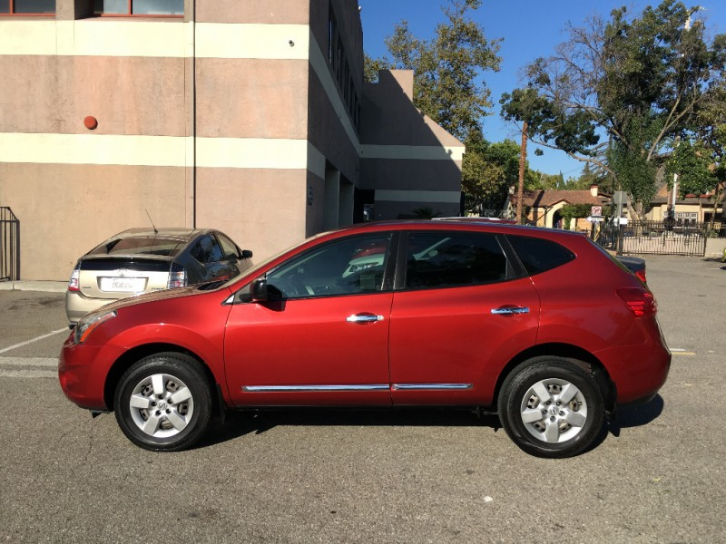 Nissan Rogue Select 2014 price $8,900