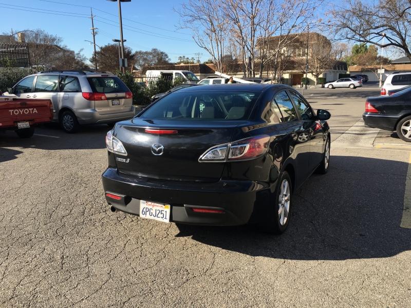 Mazda Mazda3 2011 price $4,900