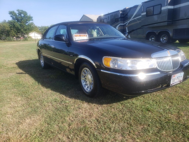 LINCOLN TOWN CAR 1998 price $4,950