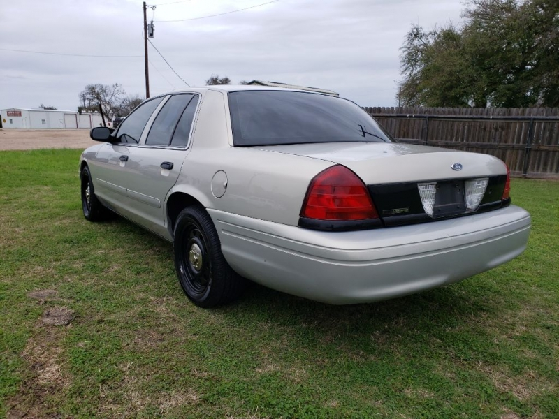 FORD CROWN VICTORIA 2008 price $3,950