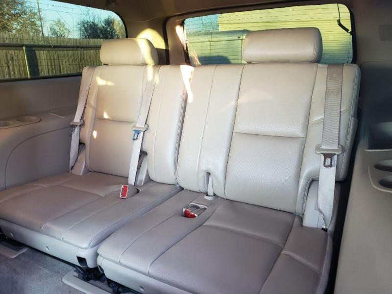 GMC YUKON XL 2012 price $11,880