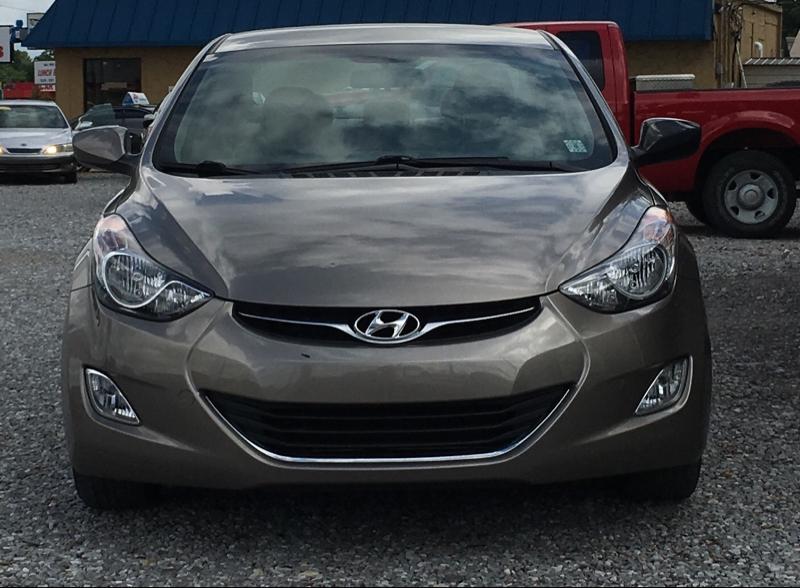 Hyundai Elantra 2013 price $8,995