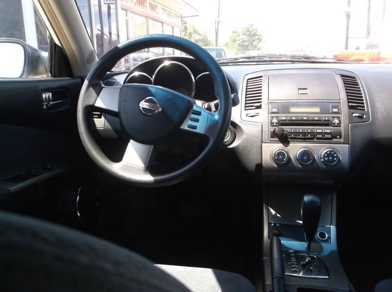 Nissan Altima 2005 price $6,995