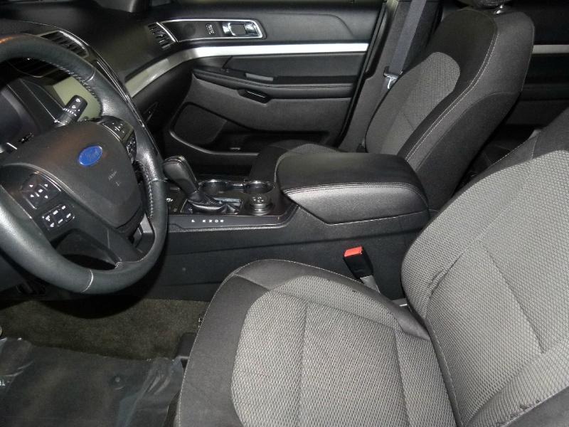 Ford Explorer 2016 price $21,000