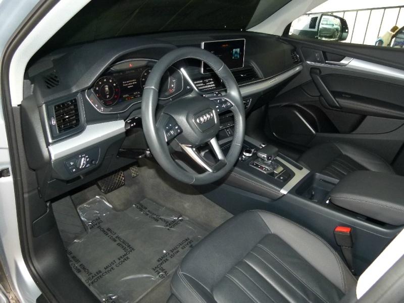 Audi Q5 2019 price $39,784