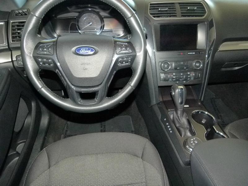 Ford Explorer 2019 price $28,000
