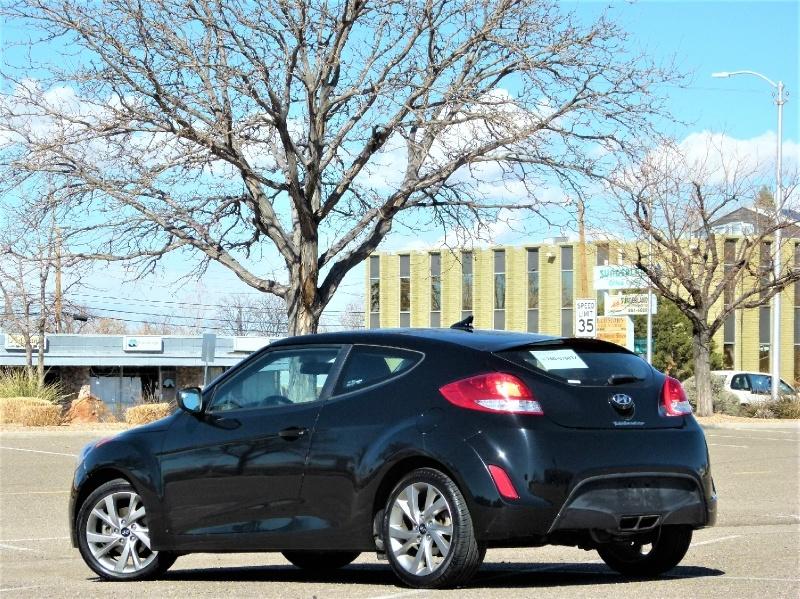 Hyundai Veloster 2017 price $10,600
