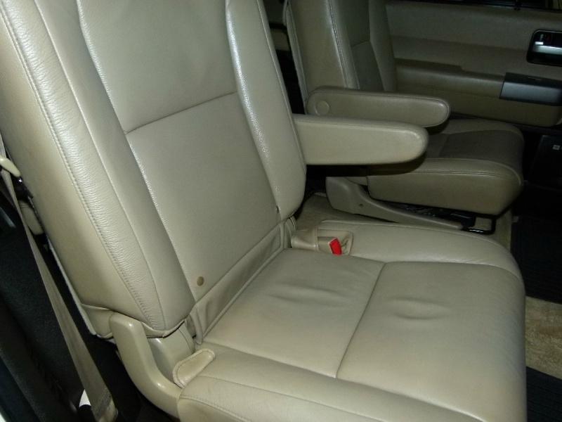 Toyota Sequoia 2010 price $15,000