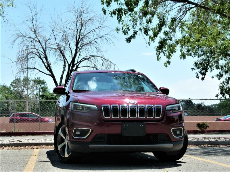 Jeep Cherokee 2019 price $20,000