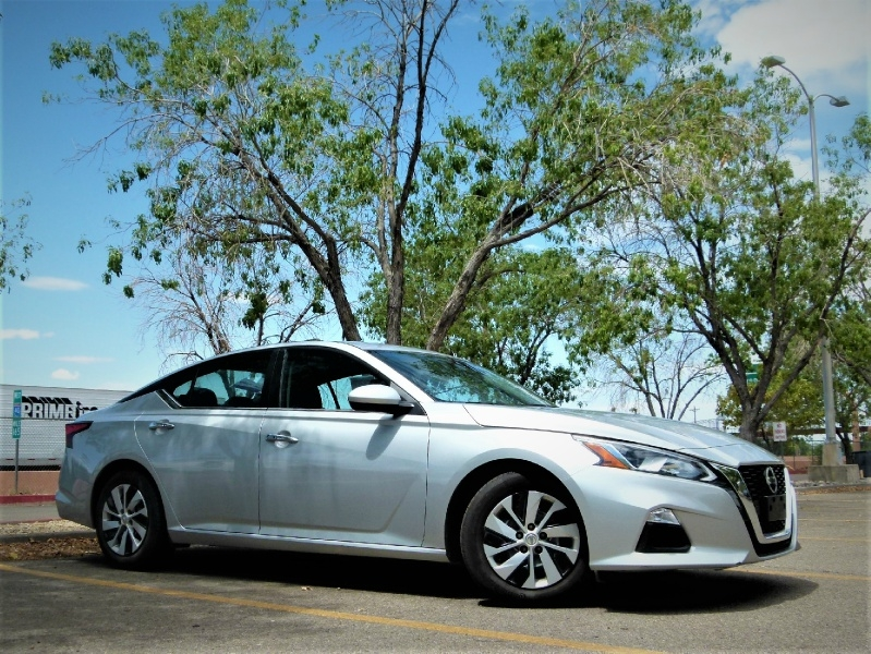 Nissan Altima 2019 price $16,800
