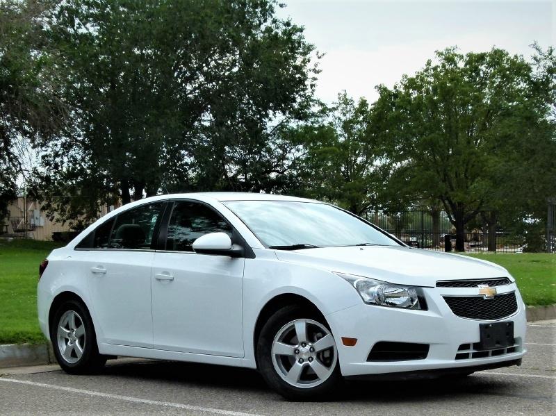 Chevrolet Cruze 2014 price $9,000