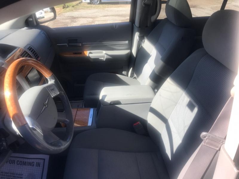 Chrysler Aspen 2009 price $9,500