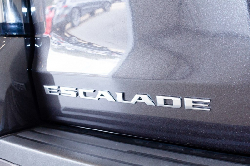 CADILLAC ESCALADE 2018 price $69,455