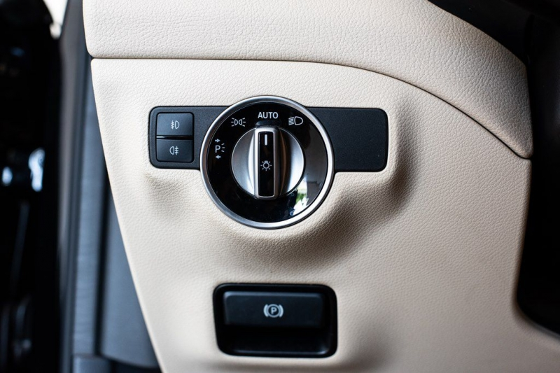 Mercedes-Benz GLA 2016 price $23,895