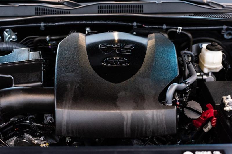 Toyota Tacoma 2017 price $31,975