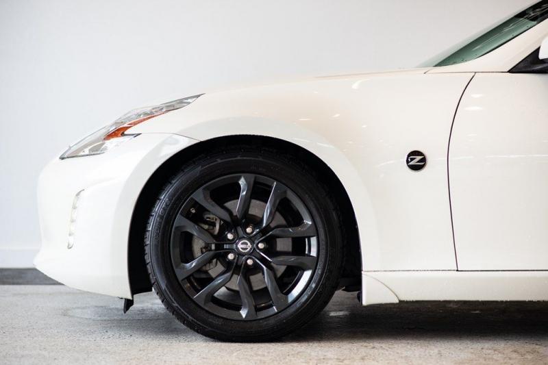Nissan 370Z 2015 price $20,775