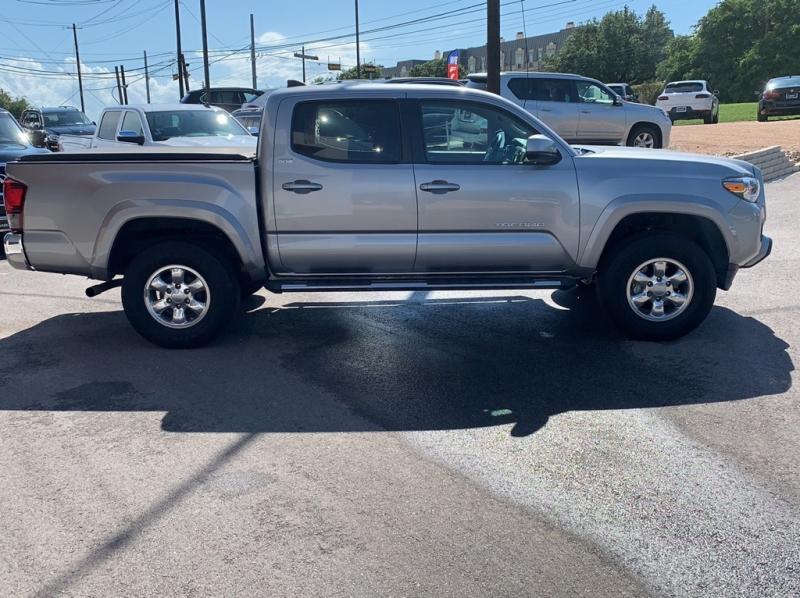 Toyota Tacoma 2018 price $27,795