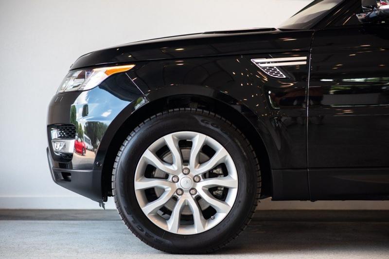 Land Rover Range Rover Sport 2016 price $50,795
