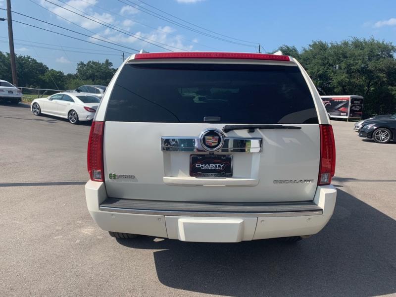 Cadillac Escalade Hybrid 2011 price $16,495