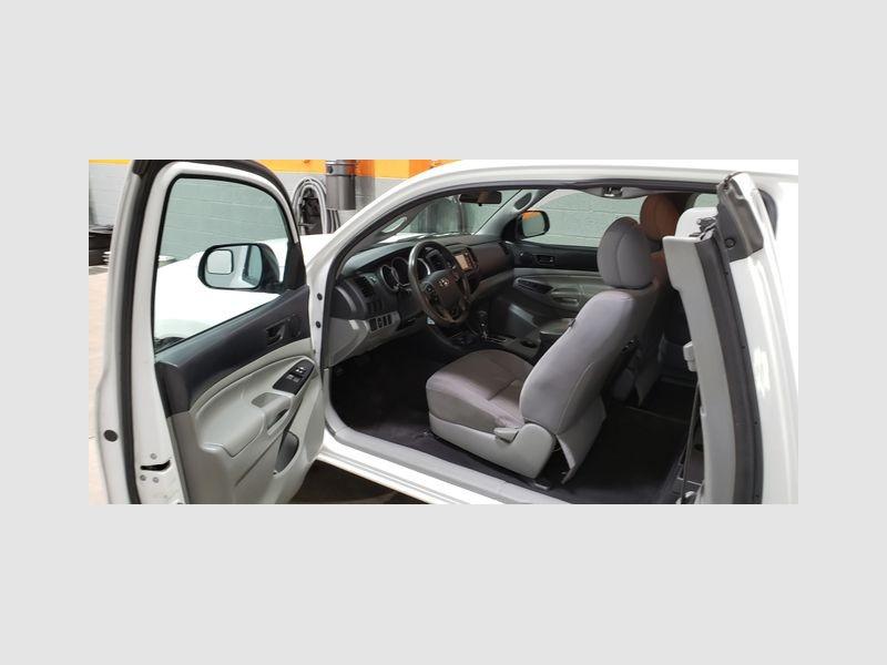 Toyota Tacoma 2015 price $13,499