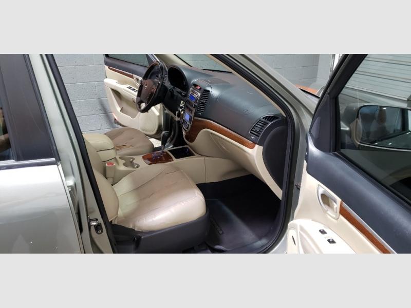 Hyundai Santa Fe 2008 price $3,999