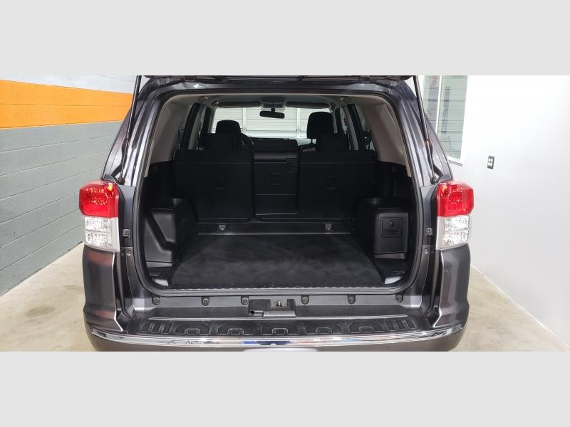 Toyota 4Runner 2010 price $15,299