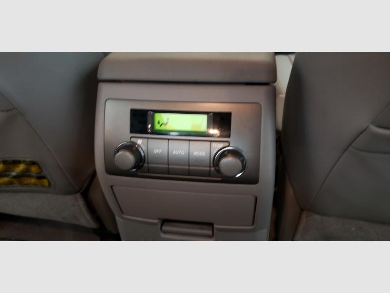 Toyota Highlander Hybrid 2008 price $8,999