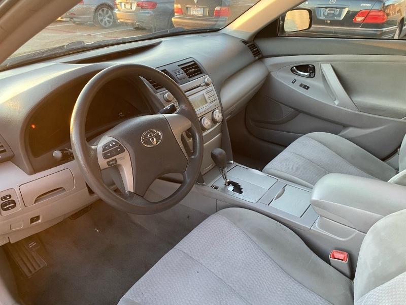 Toyota Camry 2011 price $4,995