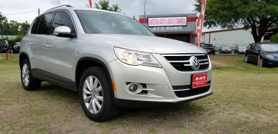 2011 Volkswagen Tiguan SE | 56K Miles | Nice | Turbo | Well Kept | EZFinancing!