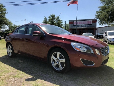 2013 Volvo S60 T5 | Leather | Nice Tires | Very Clean | Drives Excellent | EZFinancing!