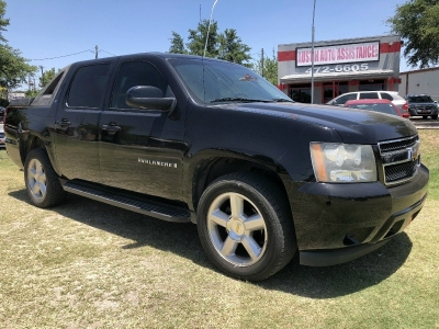 2009 Chevrolet Avalanche LT | Well Kept | Clean Carfax | Drives Strong | EZFinancing!