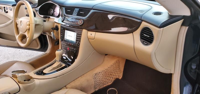 Mercedes-Benz CLS-Class 2006 price $9,750