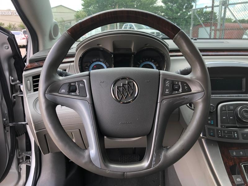 Buick LaCrosse 2010 price