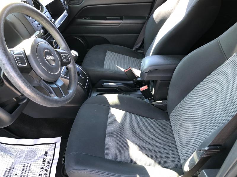 Jeep Compass 2015 price $8,995