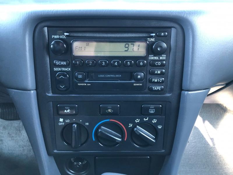Toyota Camry 2001 price $3,500