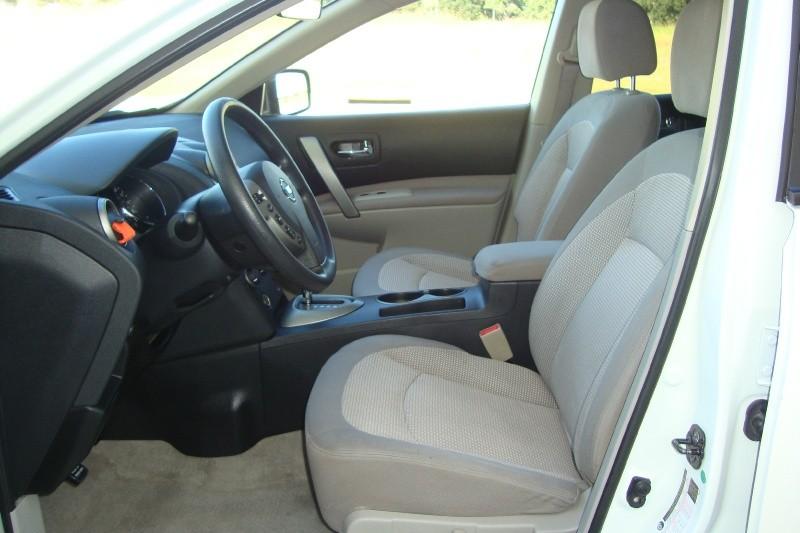 Nissan Rogue 2011 price $7,795