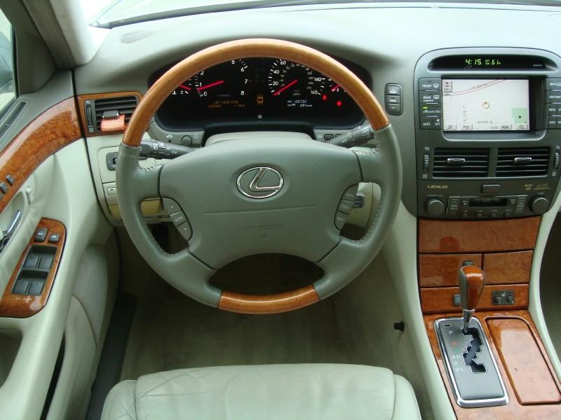 Lexus LS 430 2002 price $0