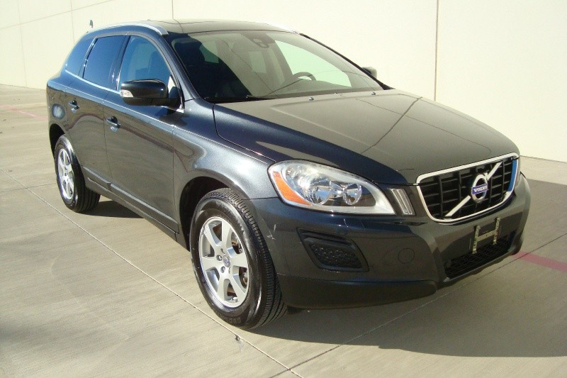 Volvo XC 60 2011 price $10,299