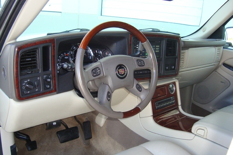 Cadillac Escalade 2005 price $0