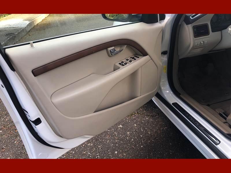 Volvo S80 2008 price $7,995