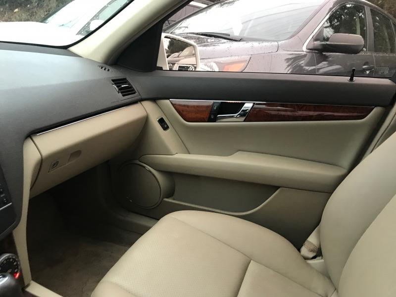 Mercedes-Benz C300 2011 price $11,995