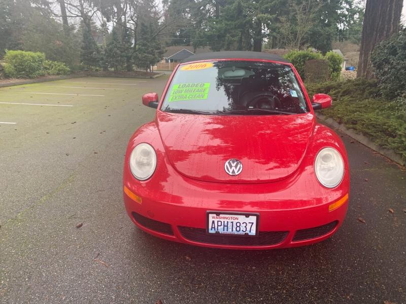 Volkswagen New Beetle Convertible 2006 price $5,995