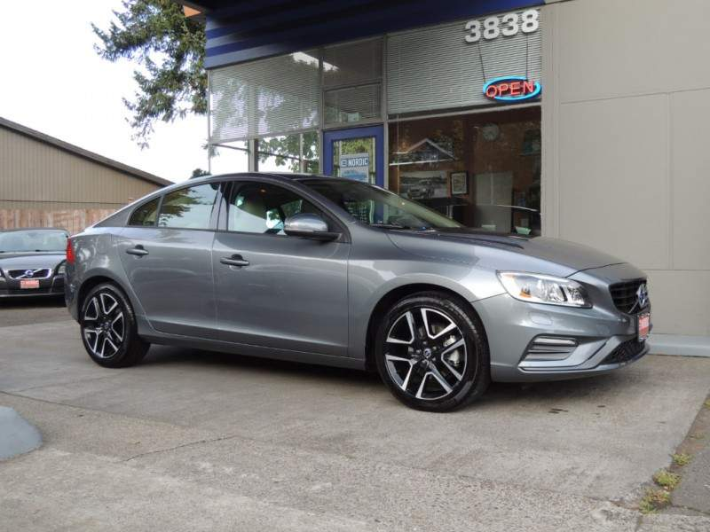 2017 volvo s60 t5 dynamic osmium grey charcoal soft beige heated leather moonroof. Black Bedroom Furniture Sets. Home Design Ideas
