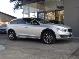 Volvo V60 Cross Country 2017