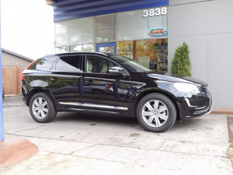 2016 Volvo XC60 T6 Drive-E AWD, Onyx Black, Soft-Beige Heated Leather, Pano Moonroof - Inventory ...