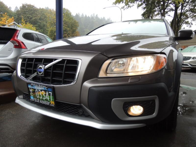 Volvo XC70 2008 price $7,300