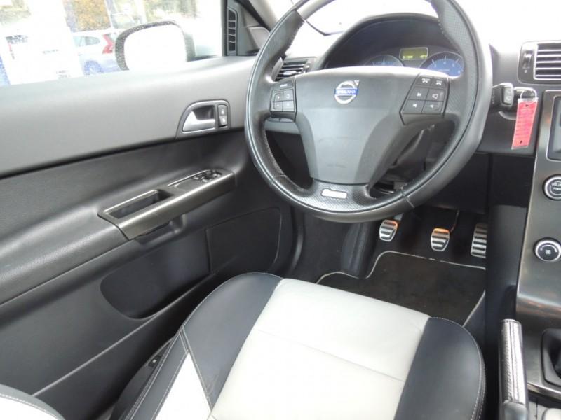 Volvo C30 2009 price $6,800