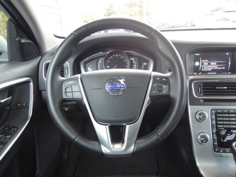 Volvo V60 2018 price $25,800