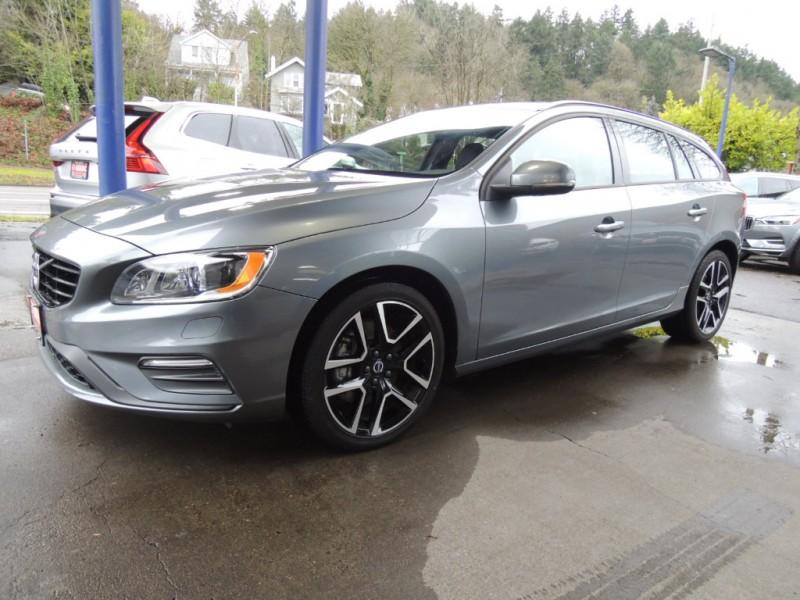 Volvo V60 2018 price $25,600
